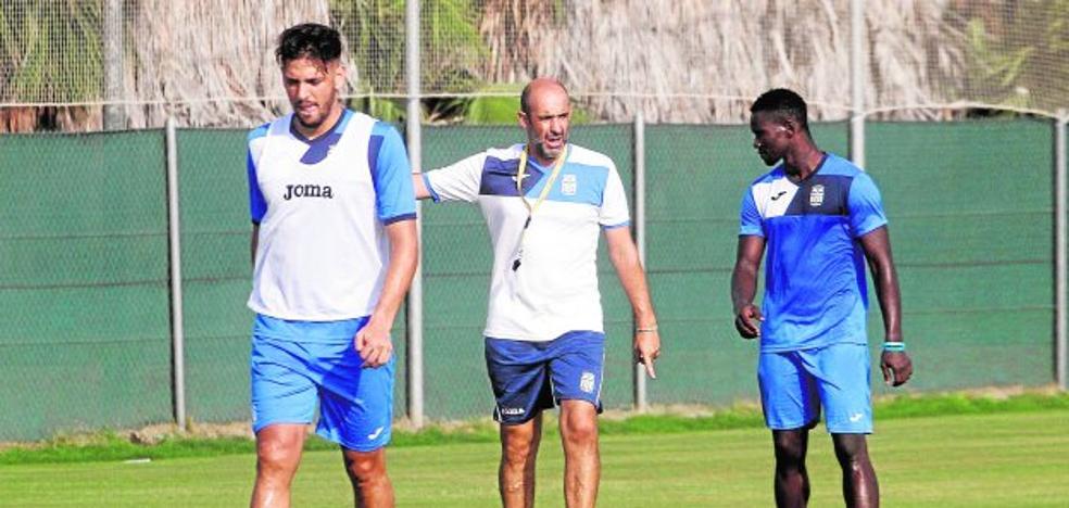 Alberto Monteagudo: «El equipo no piensa en la Copa, solo se habla del Villanovense»