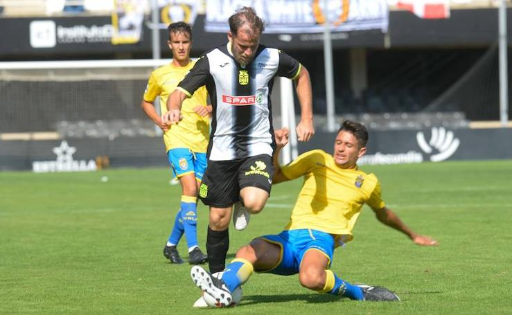 El Cartagena se estrella ante el colista y consigue un insuficiente empate (1-1)