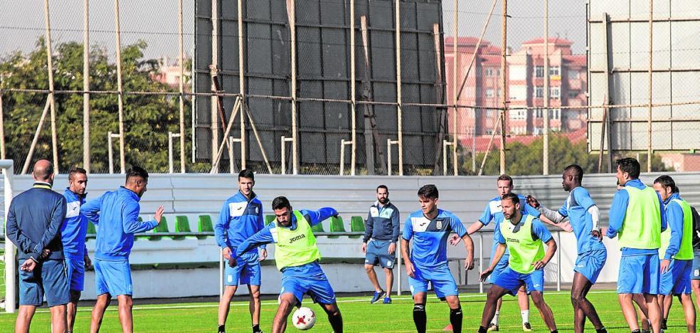 El Comité sanciona con cuatro partidos a Moisés, quien no jugará hasta la salida a Écija