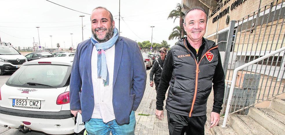 «Tengo claro que volveré a entrenar al Cartagena», dice el alicantino
