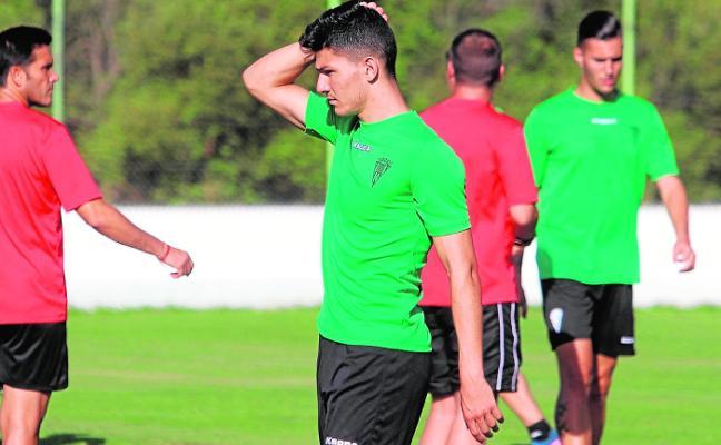 El Córdoba ofreció a Loureiro y 200.000 euros por Jesús Álvaro