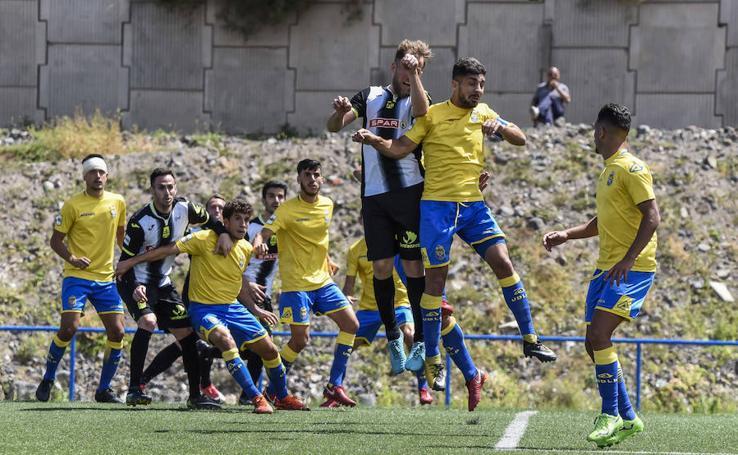 El Cartagena consigue un punto contra el filial de Las Palmas (1-1)