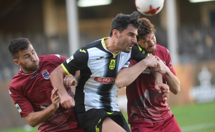 El Cartagena gana al Badajoz con lo justo (1-0)
