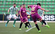 Rubén Cruz salva los muebles ante el Betis Deportivo (1-2)