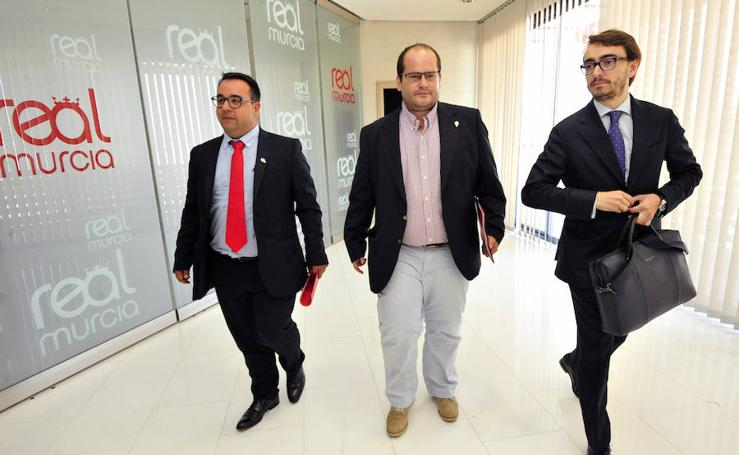 Moro salva al Murcia de la liquidación, pero no puede comprar el club
