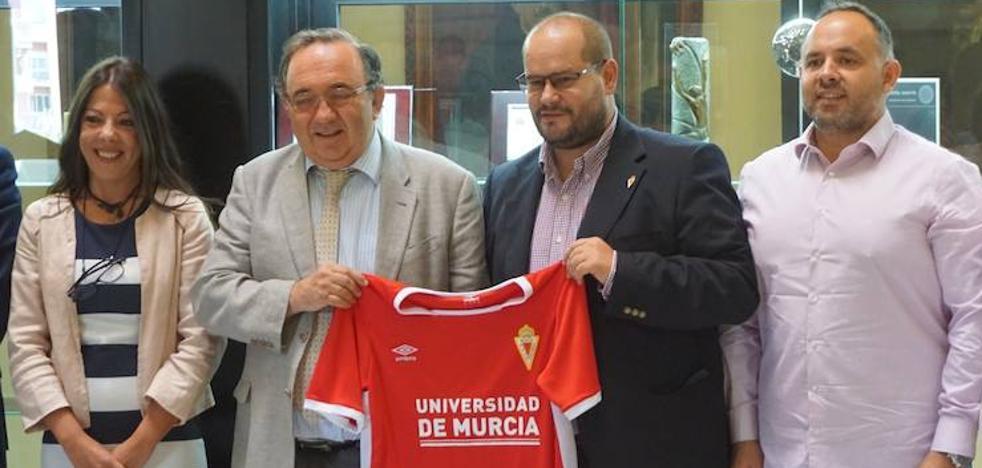 Los equipos base del Real Murcia llevarán el nombre de la UMU en sus camisetas