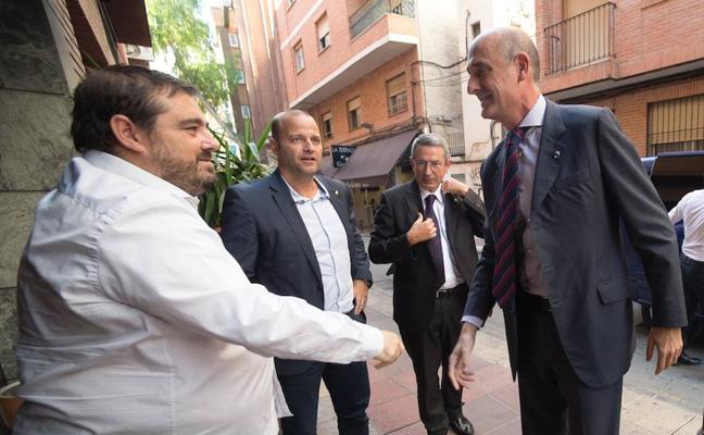 Comida de directivas en la previa del Murcia-Barça