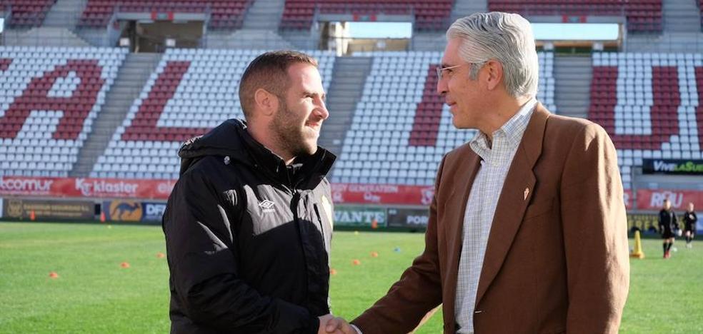 Mauricio García ya está en Murcia