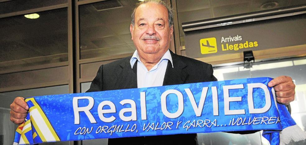 El Oviedo marca el camino a De la Vega