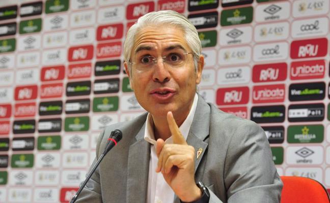 De la Vega: «No vengo al Murcia a perder dinero; traigo un proyecto ganador»