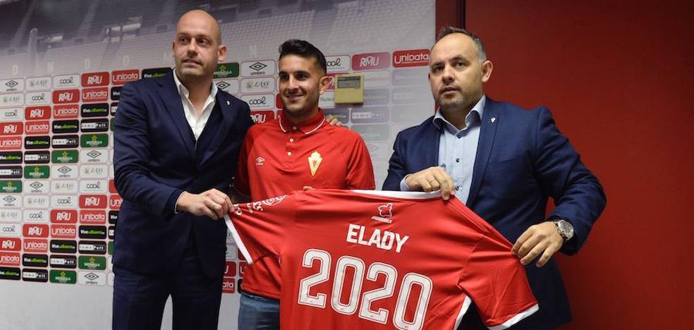 Pedro Gómez llega al Real Murcia con la renovación de Elady hasta 2020
