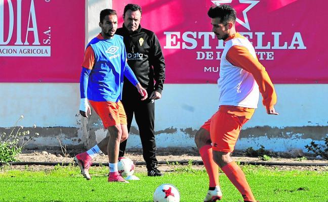 El Murcia quiere hacer sonreír al nuevo jefe