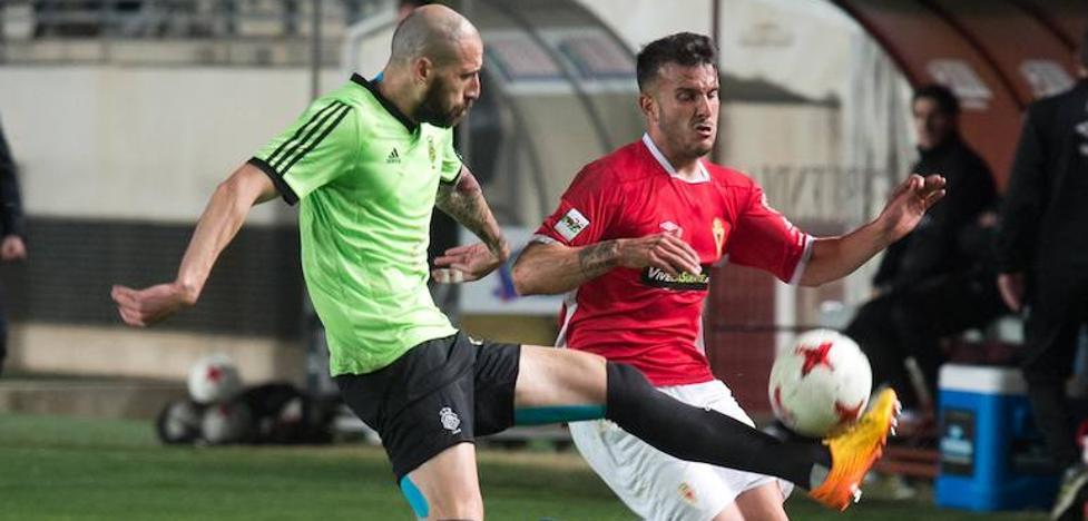 Un Murcia frío deja escapar el 'playoff'