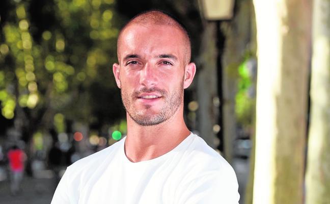 Román Golobart: «Si el Murcia asciende, seré el primero en ir a La Redonda»