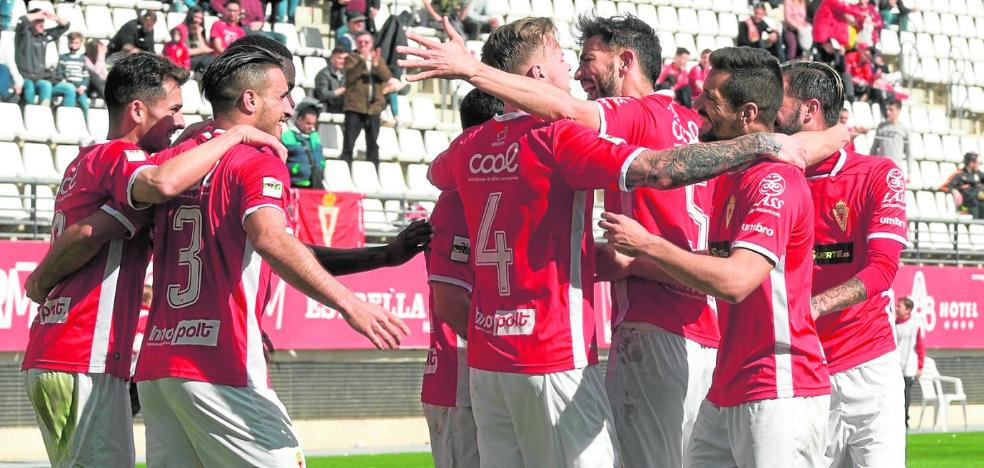 El Murcia ya sabe vivir sin Curto