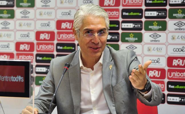 Mauricio García de la Vega: «El Real Murcia es un club viable que puede solucionar todos sus problemas»