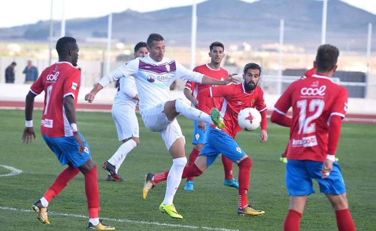 Un empate con sabor a derrota para el Murcia y el Jumilla (0-0)