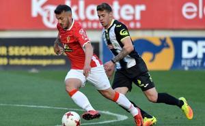 El Murcia vuelve a incumplir su acuerdo con el Betis de Valladolid