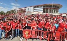 La Nueva Condomina registra su mayor afluencia de público en diez años para un partido del Murcia