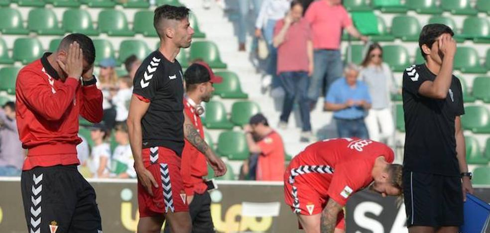 El Real Murcia dice adiós al 'playoff' tras caer en Elche