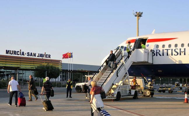 El aeropuerto de San Javier suma más de 382.000 pasajeros hasta mayo