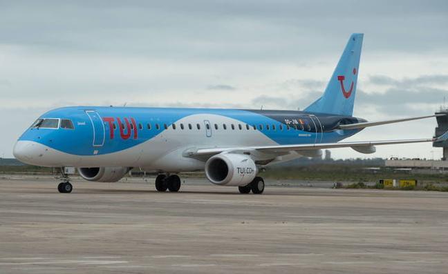 El aeropuerto de San Javier registra más de 150 vuelos en la operación 'Primero de Agosto'