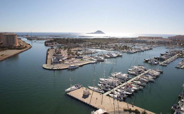 Puertomenor solicita la ampliación del plazo de concesión del puerto Tomás Maestre hasta 2043