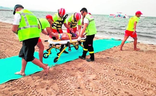 Simulacro de rescate en las playas de San Javier