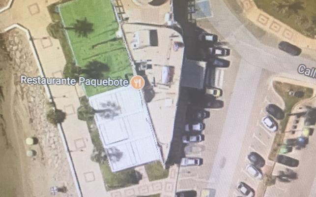 La mercantil de Paquebote inscribió a su nombre el solar público que usa de terraza