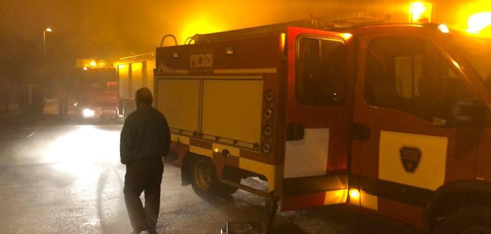 Un descuido con una estufa de leña provoca un incendio en San Javier