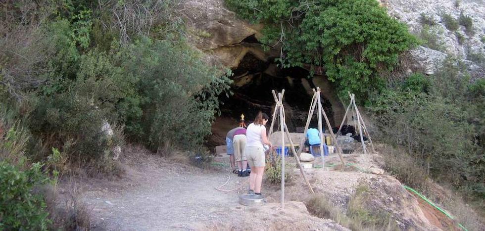 Comienza la XVIII campaña de excavación en la Cueva Negra de La Encarnación