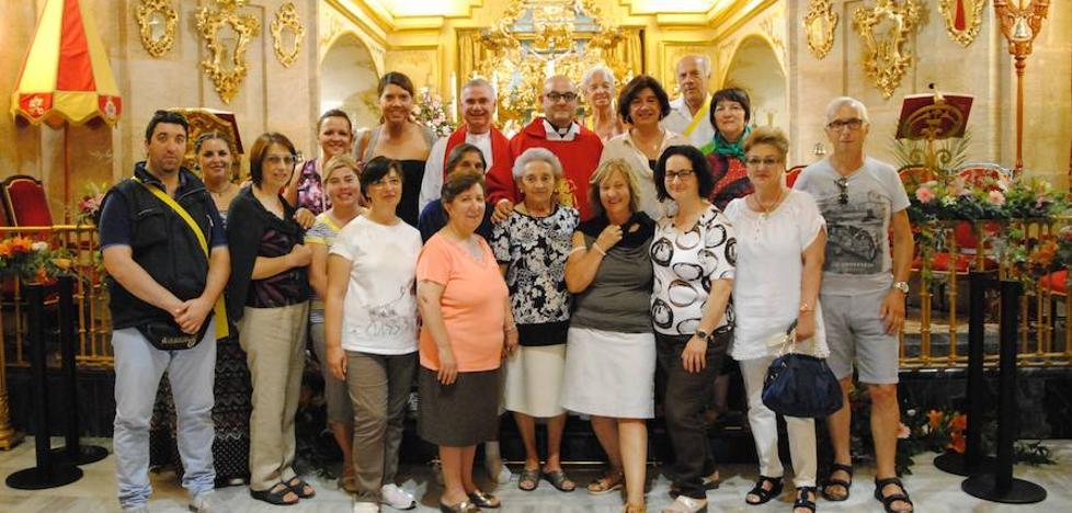Peregrina a la Vera Cruz el primer grupo de italianos de la mano del turoperador del Vaticano