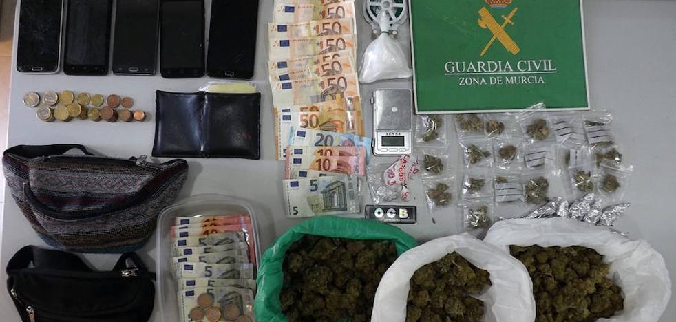 Desmantelan un punto de venta de droga en Caravaca