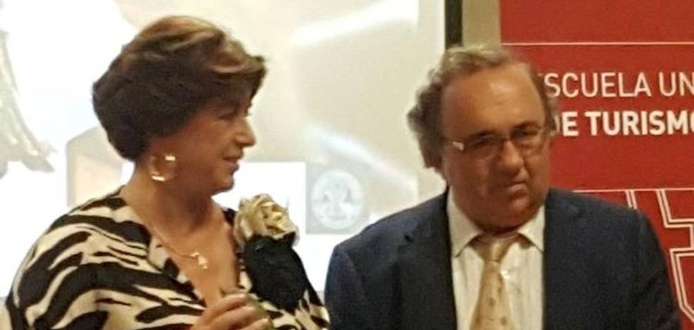 """La Escuela Universitaria de Turismo entrega las """"Palomas del Turismo 2017"""""""