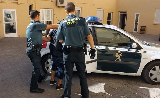 Detenido un joven por varios robos a vecinos de Caravaca