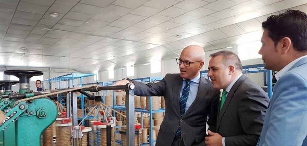 La Comunidad destina 90.000 euros a estimular las inversiones en innovación en el sector del calzado