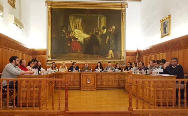 El Pleno aprueba las mociones populares de mantenimiento de zonas verdes y de mejora de la seguridad vial de ciclistas