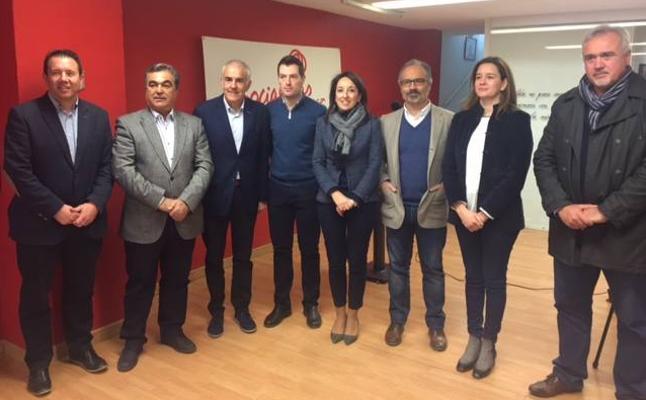El PSOE recorre los municipios para explicar su alternativa para 2018 al Pacto de las Migajas entre PP y Ciudadanos