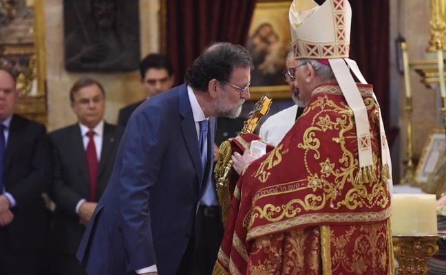 El obispo Lorca Planes pide en Caravaca al presidente preservar la unidad de España