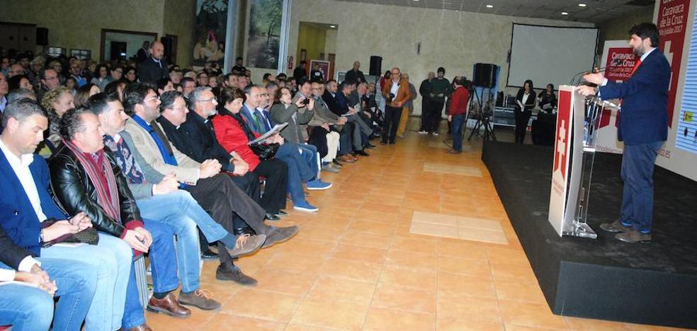 """López Miras: """"El Camino hacia la Vera Cruz ya es un referente de espiritualidad y vamos a seguir consolidándolo"""""""