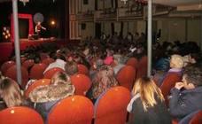 """El teatro Thuillier se puso en pie para """"ju(z)gar"""" con Diego Jiménez"""