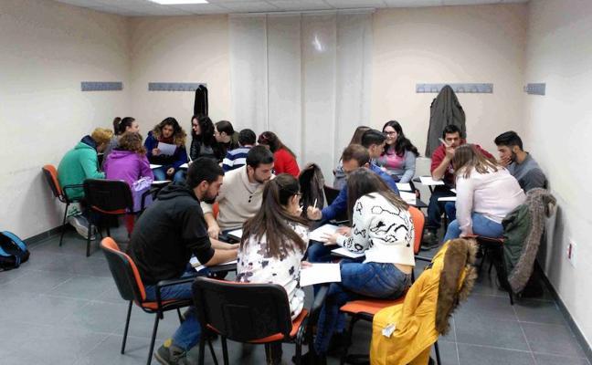 Juventud pone en marcha el programa formativo de empleo juvenil 'Actívate'