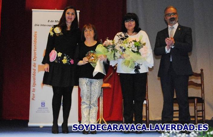 Homenaje a la Mujer Empresaria y a la Mujer Trabajadora