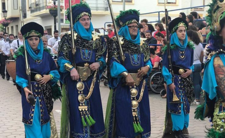 Desfile Trinitarios y Berberiscos
