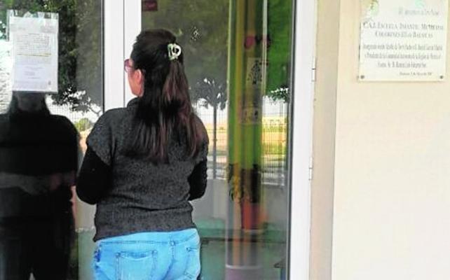 Los padres cargan contra el alcalde por no garantizar la apertura de las guarderías