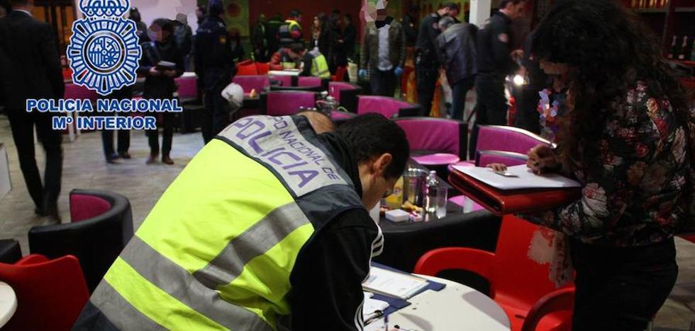 Trece detenidos por obligar a prostituirse y tomar 'coca' a menores en Torre Pacheco