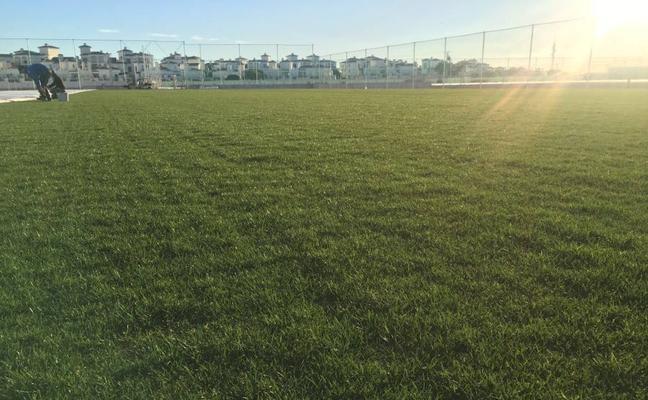 Roldán estrena en enero dos campos de fútbol para competiciones internacionales