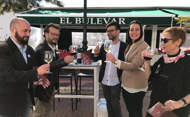 'En clave de vin' brinda con música y teatro en copa de vino