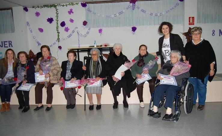 Homenaje a las mujeres de San Cayetano