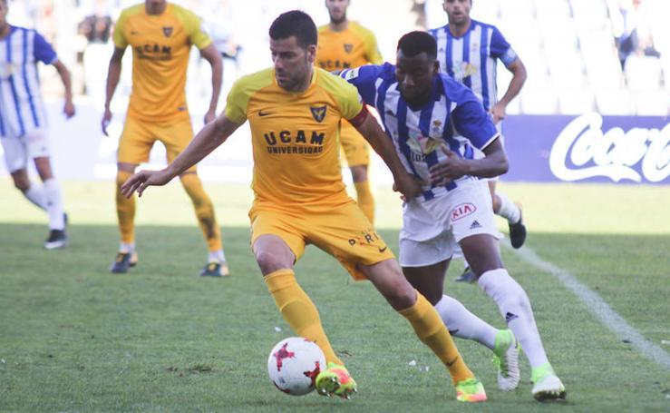 Victoria y liderato en el último suspiro para el UCAM CF en Huelva (0-1)